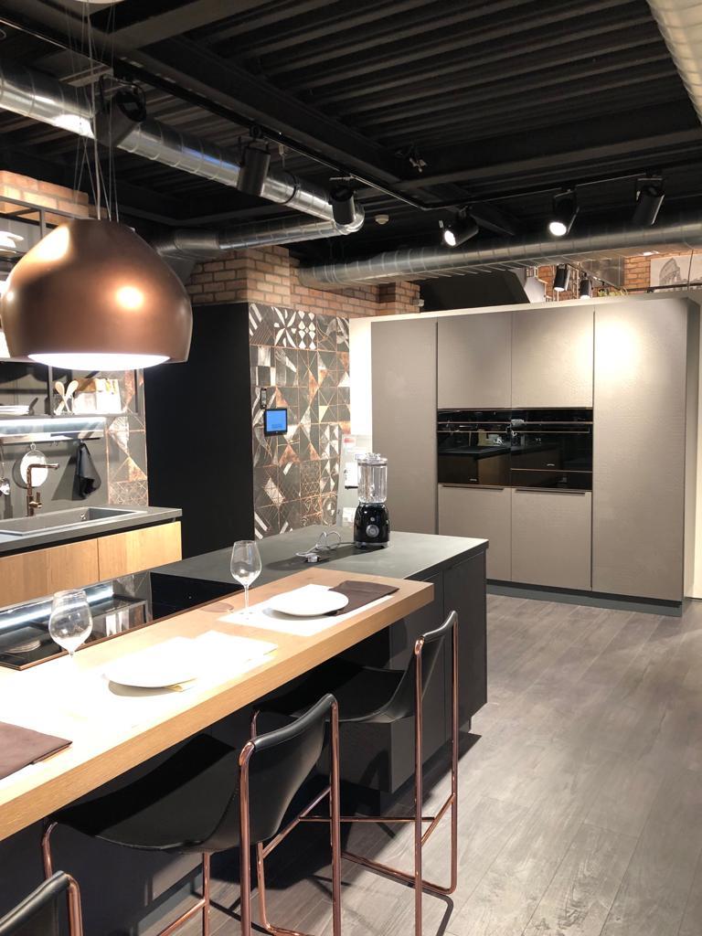образец кухни в салоне lube фото 6